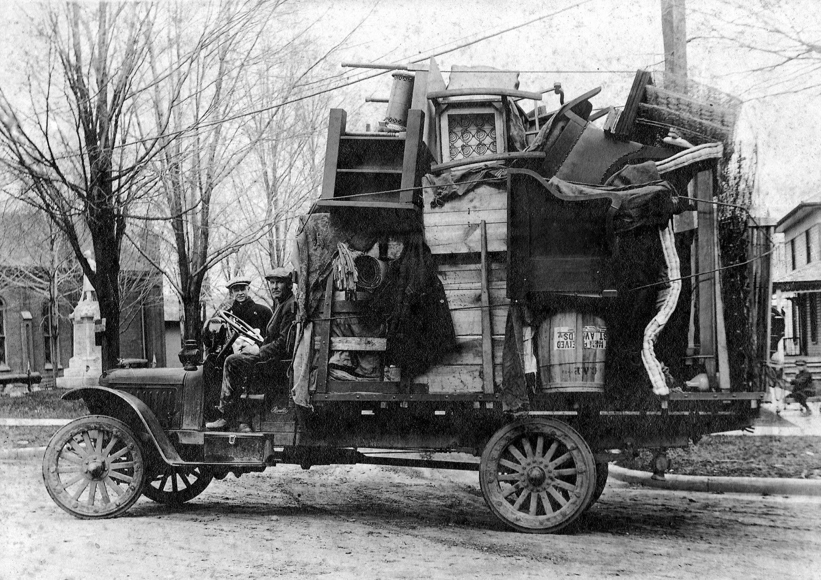 Moving-Day-1920s